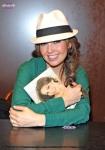 Thalia book signing
